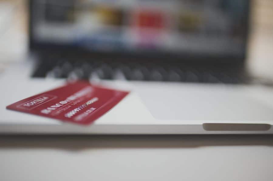 ¿Se puede cobrar la nómina sin cuenta bancaria?