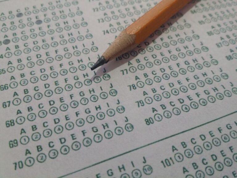 ¿Me pertenece un permiso retribuido para hacer un examen?