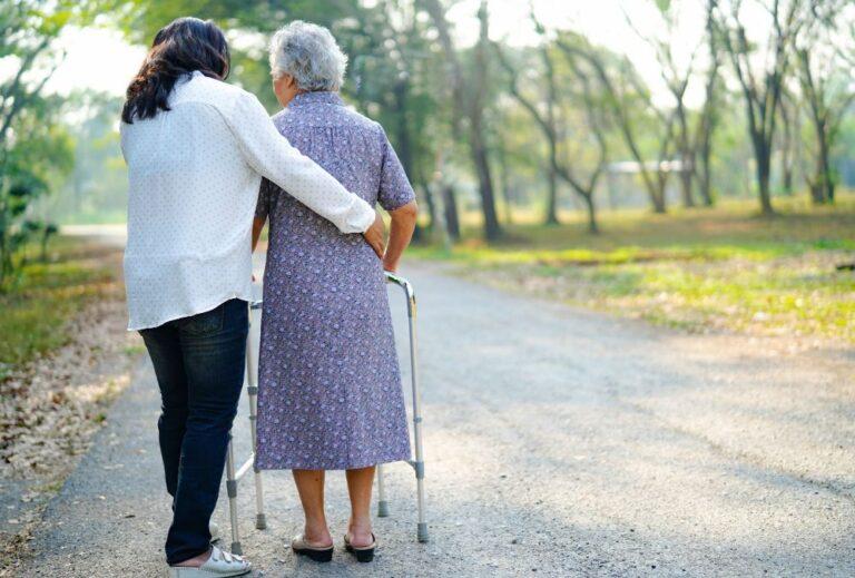 Reducción de jornada por cuidado de mayores