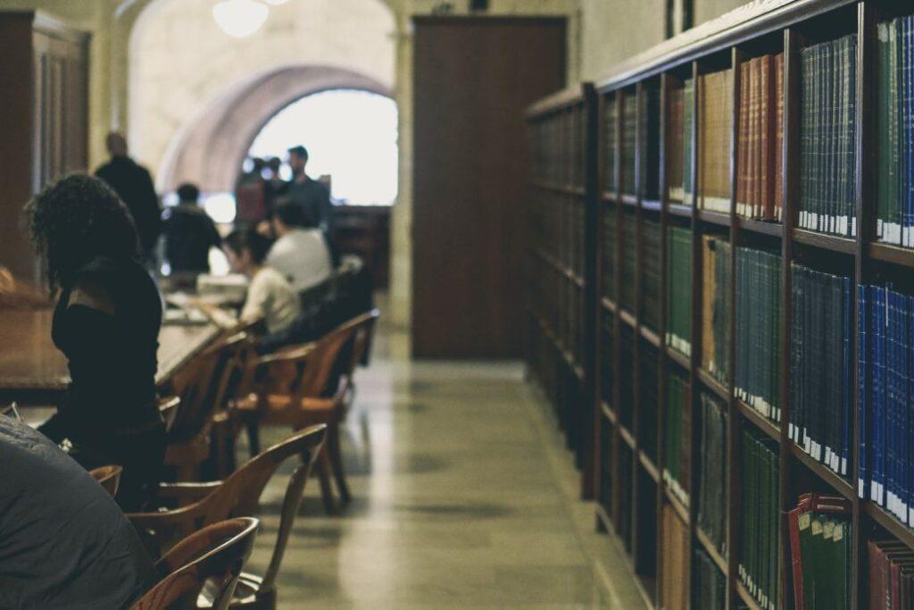 Elegir entre universidad pública o privada