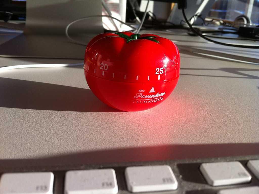 Minutero en forma de tomate para el método Pomodoro