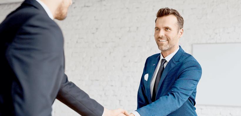 Sonreir en una entrevista de trabajo